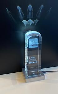 Pokal Lichtplaner 2020 Platz 2, beleuchtet mit eingelaserter Gravur
